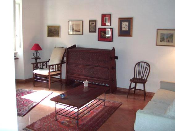Light and comfortable Living-room - Apartment next to Campo dei Fiori - apt. LIBRI - WIFI - Rome - rentals