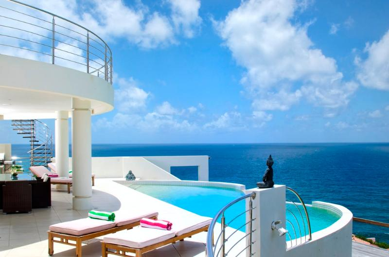 Ideal for Couples & Groups, Walk To Beach (Steep Hill), Private Pool, Contemporary design - Image 1 - Dawn Beach - rentals
