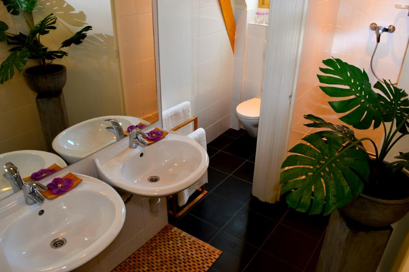 Bathroom Supreme Radiance Apartment Amsterdam - Supreme Radiance - Amsterdam - rentals