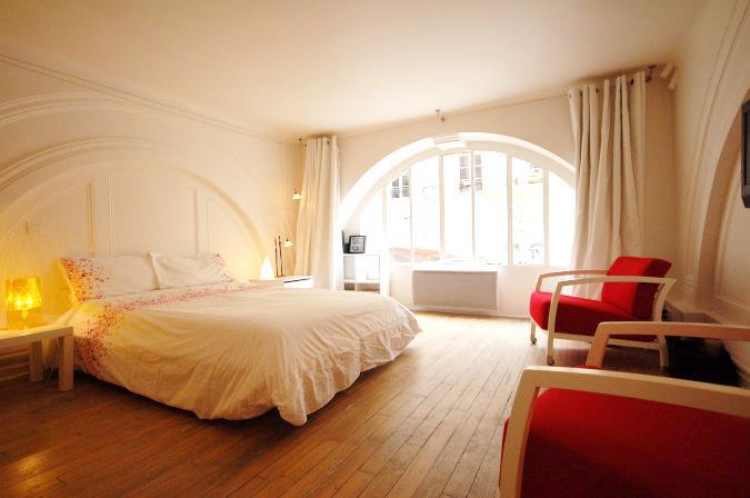 1.jpg - STDE183 - Paris - rentals