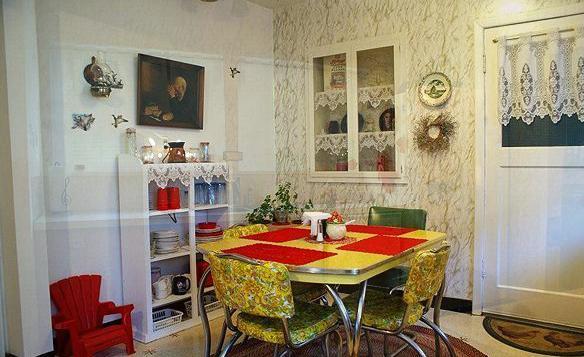 Kitchen Nook - Bella's Cottage House/New Moon Breaking Dawn Cottage - Forks - rentals