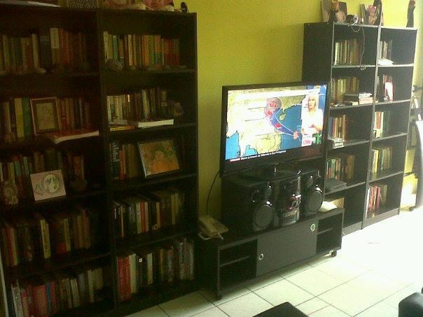 livingroom with mediacenter - ROOM in big appartment in CENTRAL JAKARTA - Jakarta - rentals