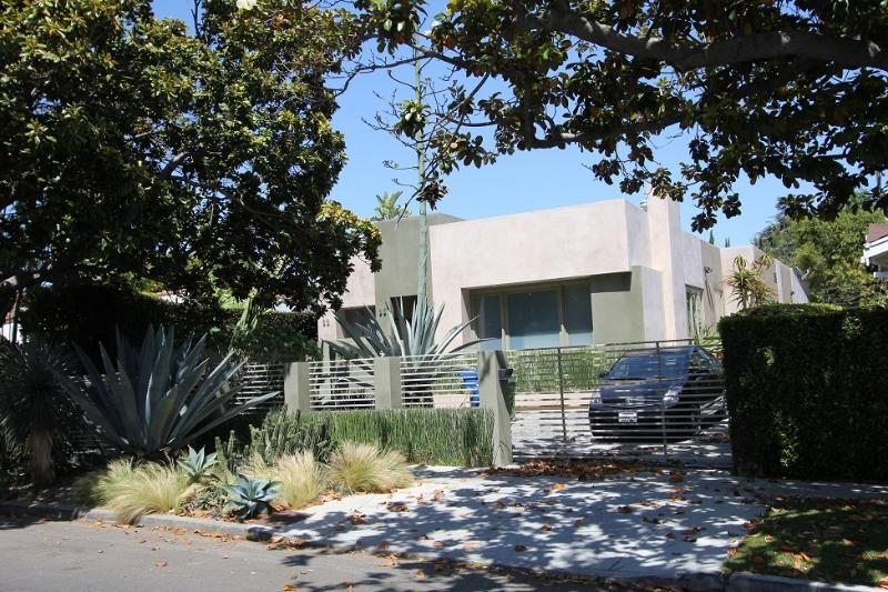 West Hollywood Luxury 3  Bedroom Compound (4133) - Image 1 - Los Angeles - rentals