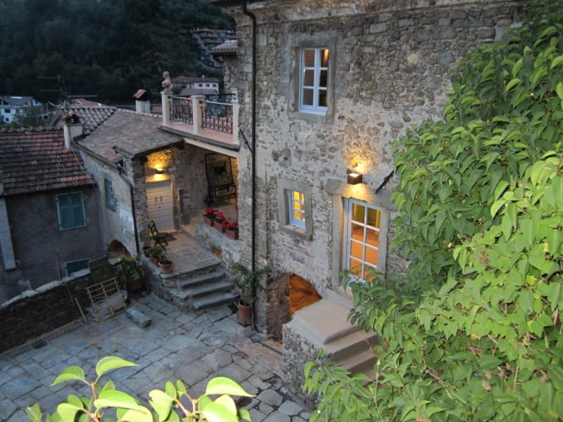 La Casa Padronale at night and seen from the path which leads to the 2nd floor Sleeping Quarters... - La Casa Padronale del Poggiolo - Casola in Lunigiana - rentals