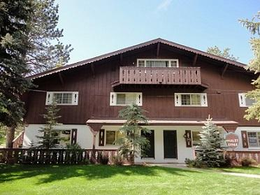 Condominium Complex Near the North Entrance of the RMNP - River Valley - Estes Park - rentals