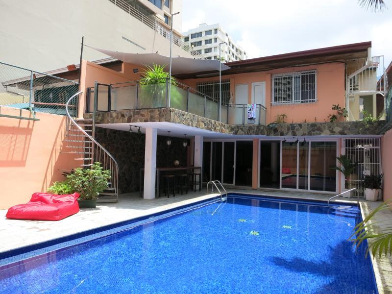 Espectacular habitación en Marbella con piscina - Image 1 - Panama City - rentals