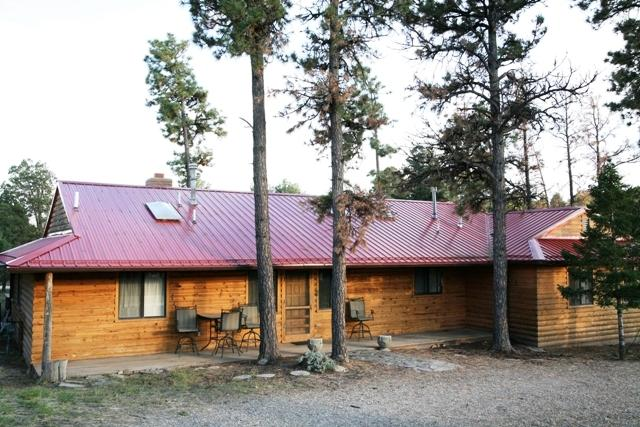 3BR cabin w/large deck, outdoor dining, hot tub - 'Deer Country Cabin' - 3BR Alto Cabin w/Hot Tub & WiFi - Near Ski Area & Ruidoso - Alto - rentals