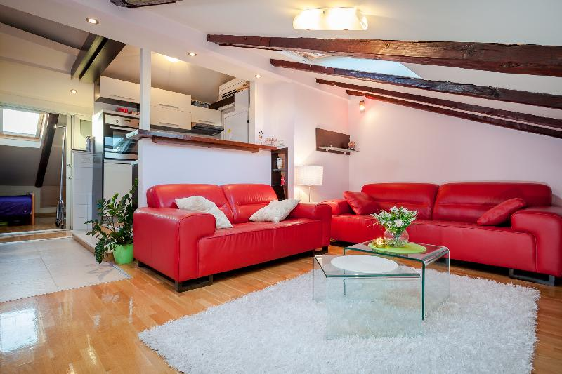 Apartment Sunce (city center) - Image 1 - Split - rentals