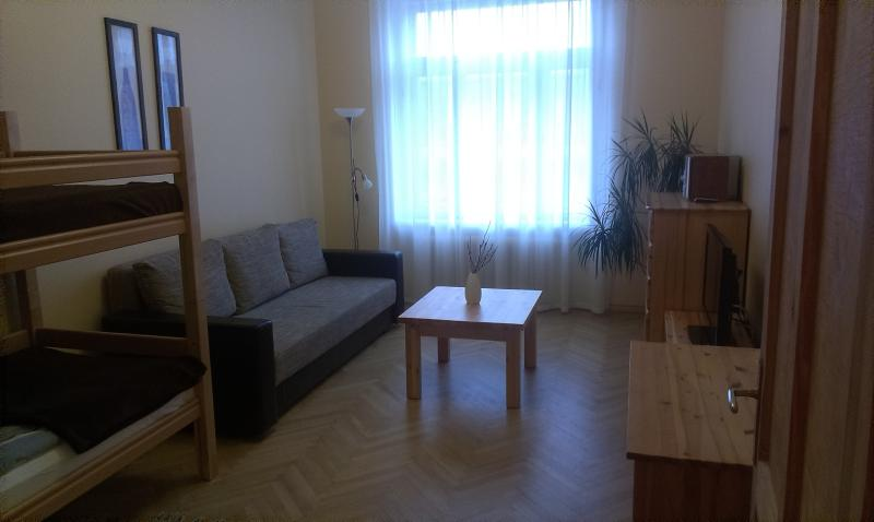 Bedroom / Sitting room - Apartment Terbata 85-5 City Center - Riga - rentals