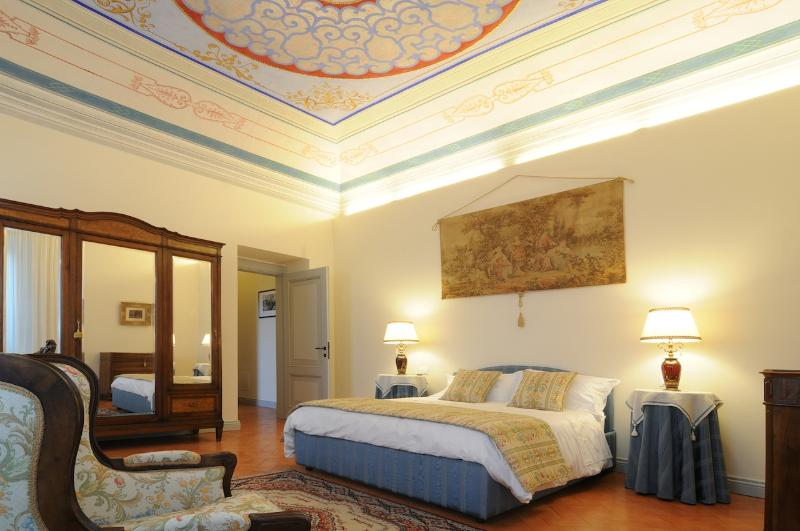 Bedroom in Luxury Apartment/Suite - Luxury 1  Bedroom Apartments/Suite - Mountain View - San Ginesio - rentals