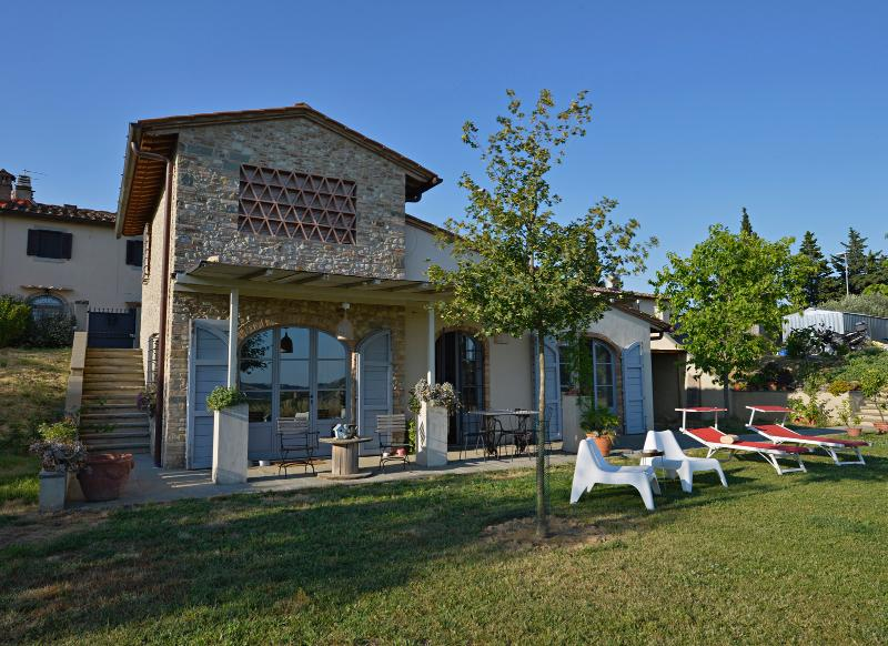 View of the house - Charming house in the Chianti, Florence, Tuscany - Montespertoli - rentals