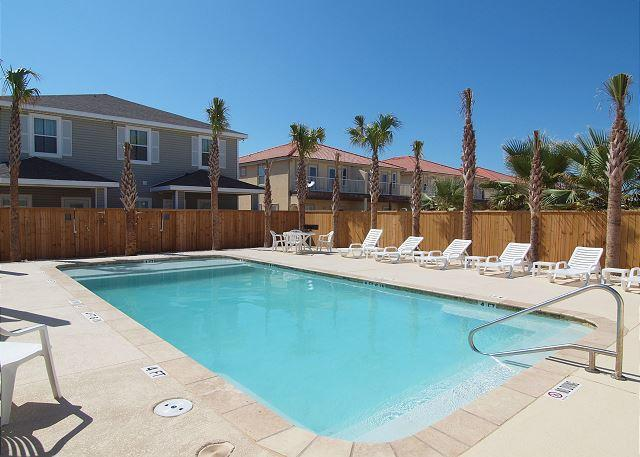 Perfect place for a family wanting to stay together & be close to the Beach! - Image 1 - Corpus Christi - rentals