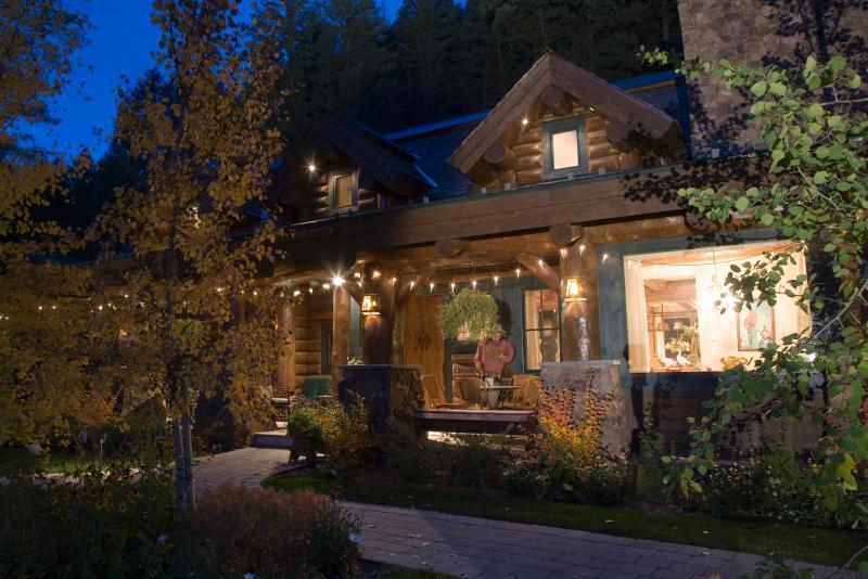 Main Cabin - Silvertip Luxury Estate Compound-5 Cabins/2 acres - Ketchum - rentals