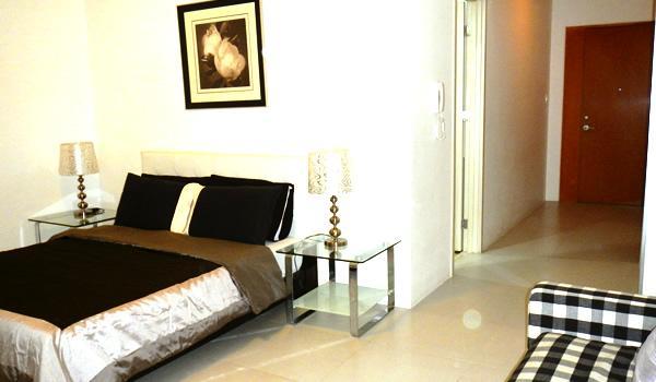 Cozy condo in Fort BGC - ICON B - Image 1 - Taguig City - rentals
