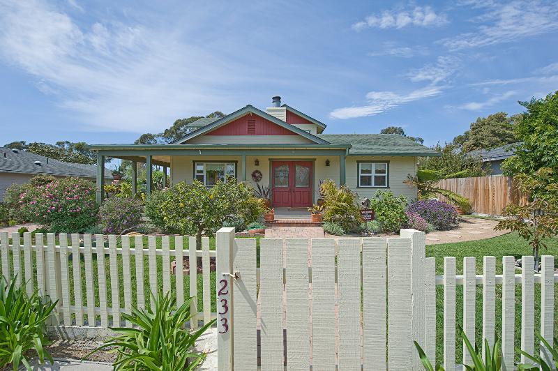 Welcome to Mesa Cooper House - Unique Mesa Cooper House 5 min walk to beach !!!! - Santa Barbara - rentals