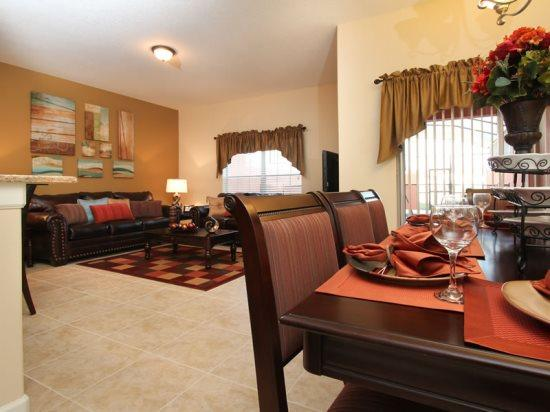 4 Bed 3 Bath Beautiful Town Home With Splash Pool. 3081BP - Image 1 - Orlando - rentals