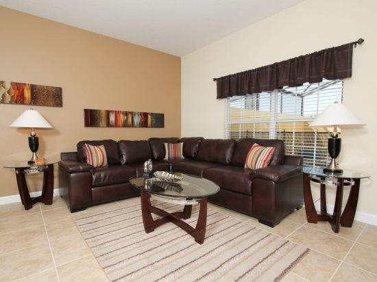 Beautiful 4 Bedroom 3 Bath Town Home With Splash Pool. 8859CP - Image 1 - Orlando - rentals