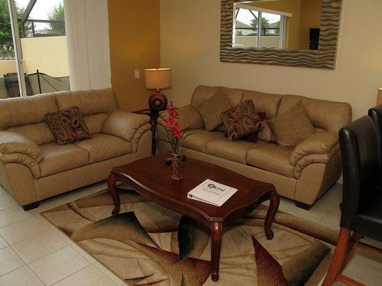 Resort 3 Bed 3 Bath Townhome with Lake View. 7665FS - Image 1 - Orlando - rentals