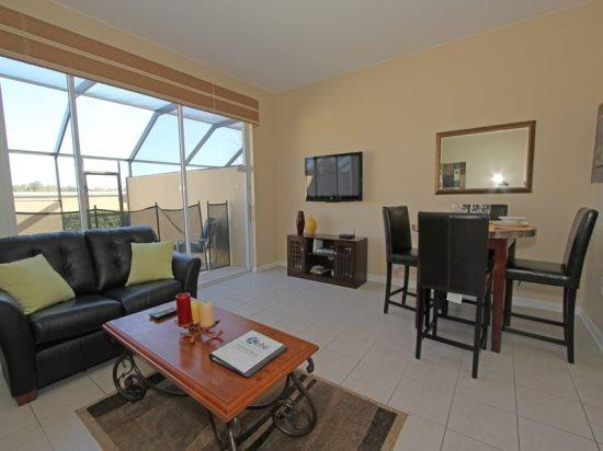 Sunny 3 Bedroom 3 Bath Townhome in Windsor Hills. 2537ML - Image 1 - Orlando - rentals