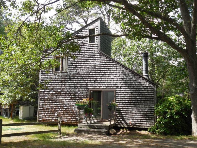 Quaint Deck 2 cottage - WSANN - Image 1 - Wellfleet - rentals