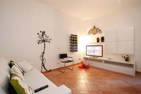 CR822 - Colosseo, Via Leonina - Image 1 - Rome - rentals