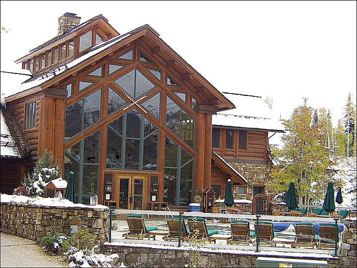 Exquisite Lodge Building with Common Hot Tubs, Pool, Bar, and Meeting Rooms - Luxurious Accommodations - Granite and Flagstone Throughout (6306) - Telluride - rentals