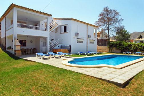 4 bedroom Villa in Puerto Pollenca, Mallorca, Mallorca : ref 2093406 - Image 1 - Port de Pollenca - rentals