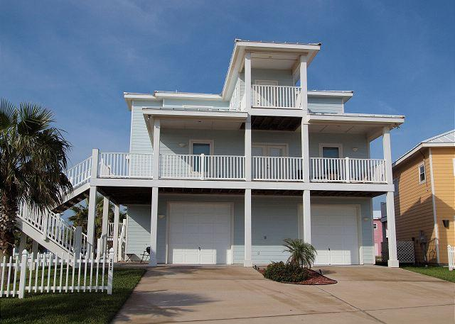Front of home - 4 bedroom 3 bath home just steps to the beach! - Port Aransas - rentals