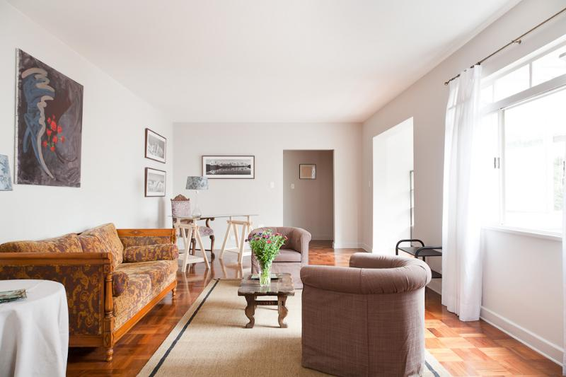 Classic 2 Bedroom Apartment in Jardins - Image 1 - Sao Paulo - rentals