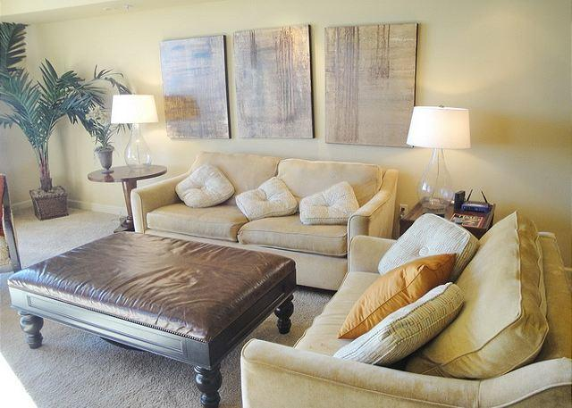 Spectacular 2-bedroom / 2-bath condo overlooking the beach! - Image 1 - Gulfport - rentals