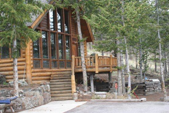 Welcome to Elk Road - The Cabin on Elk Road - Cody - rentals