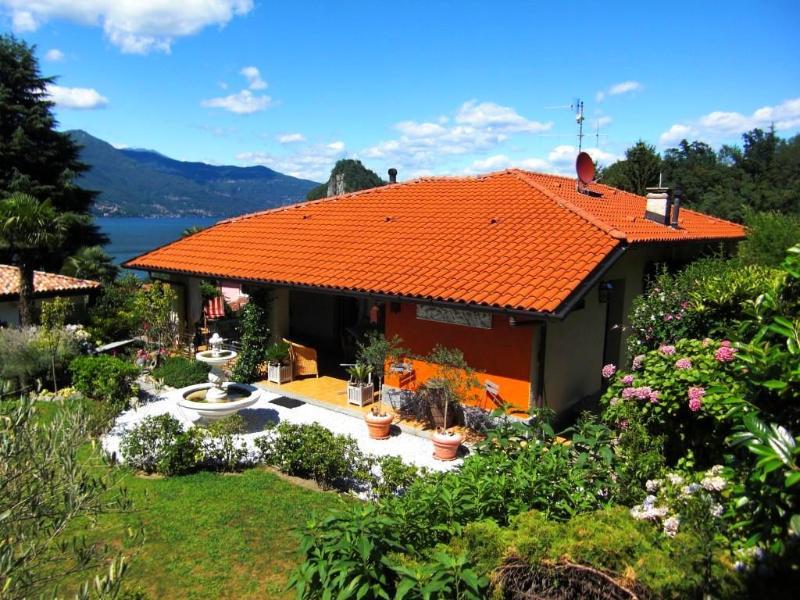 Holiday house Calde Lake Maggiore Italy - LAKE MAGGIORE - House with delightful garden - Castello d'Agogna - rentals