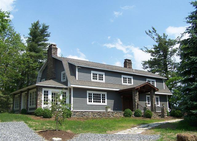 High Heather - The Best of Blowing Rock located just minutes from Main Street - Image 1 - Blowing Rock - rentals
