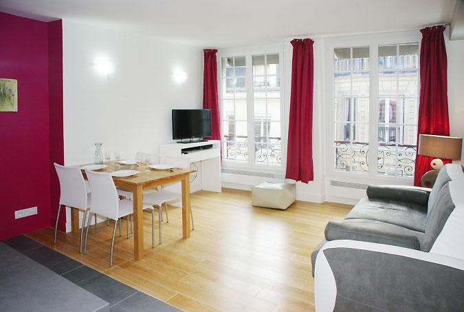 1.jpg - LOUVRE - Paris - rentals