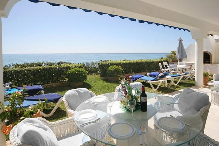 Rear Patio on seaside - Holiday Rental Beach Villa Puerto Banus/Marbella - Marbella - rentals