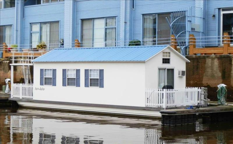 Houseboat Pisces:  Most Unique Vacation Rental in Town! - Image 1 - Philadelphia - rentals