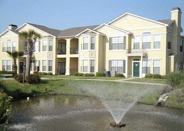 Beautiful 3-Bedroom / 2-Bath Condo - Image 1 - Gulfport - rentals