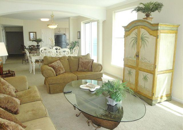 Gorgeous 3-Bedroom / 3-Bath condo in a prime corner location on the 11th floo - Image 1 - Gulfport - rentals