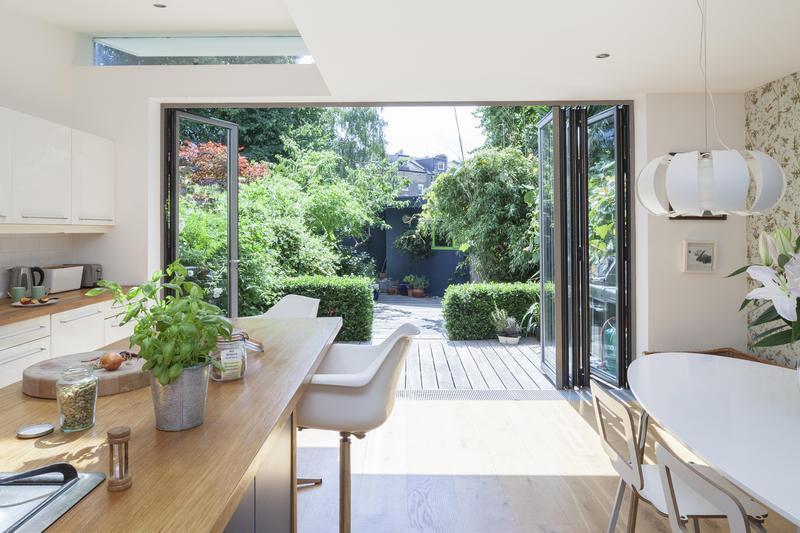 4 Bedroom Vacation House at Cardozo Road - Image 1 - London - rentals