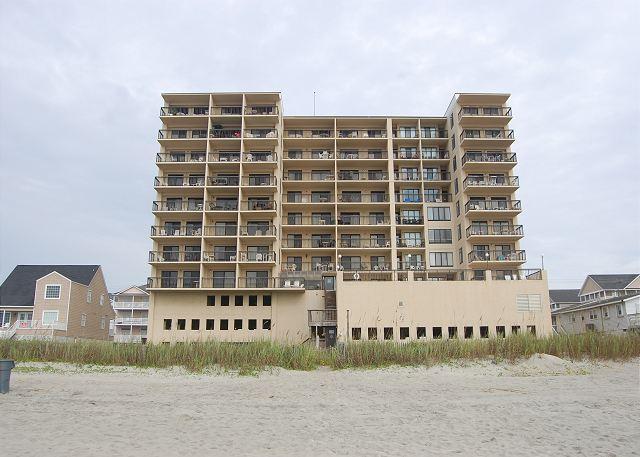 Ocean view of Bldg - 2 bedroom, 2 bathroom, oceanfront condo - North Myrtle Beach - rentals