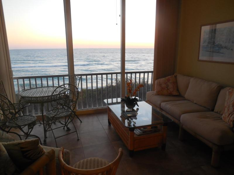 Spectacular expansive, gulf views from the condo with a perfect open lanai - Beautifull Direct gulf Front 2 Bedroom Condo on Si - Siesta Key - rentals