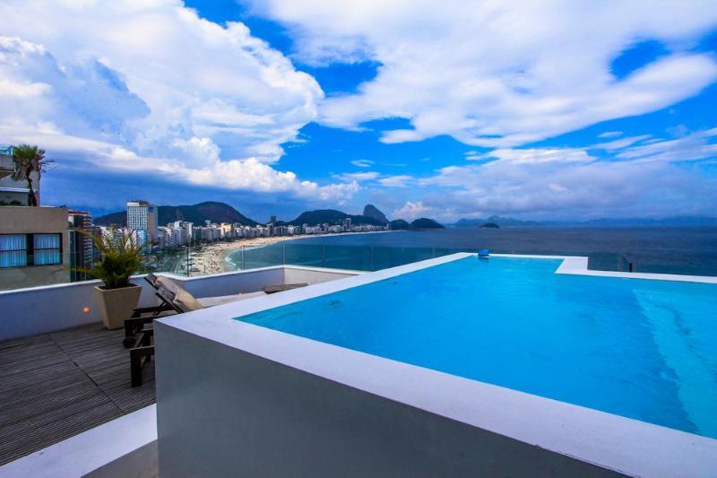 LUXURY PENTHOUSE OCEANFRONT COPACABANA - Image 1 - Rio de Janeiro - rentals