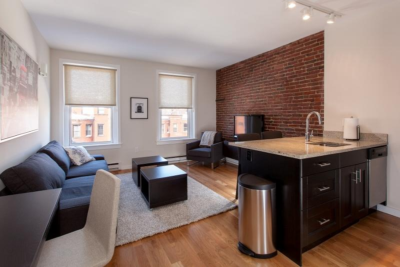 Back Bay Boston Furnished Apartment Rental - 304 Newbury Street Unit 5 - Image 1 - Boston - rentals