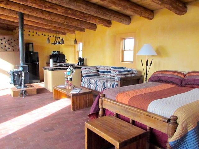 'Tire House Studio' - Between Taos & Santa Fe, Super Tranquil w/ Private Hot Tub - Image 1 - Cundiyo - rentals