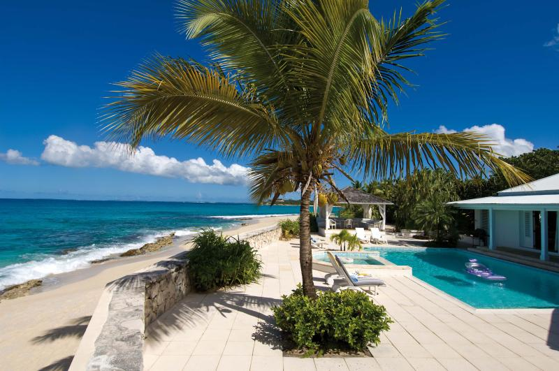 L'Ecume Des Jours...Plum Bay, St Martin 800 480 8555 - ECUME DES JOURS...4 BR with  Endless turquoise views and the peaceful sound of waves await you - Plum Bay - rentals