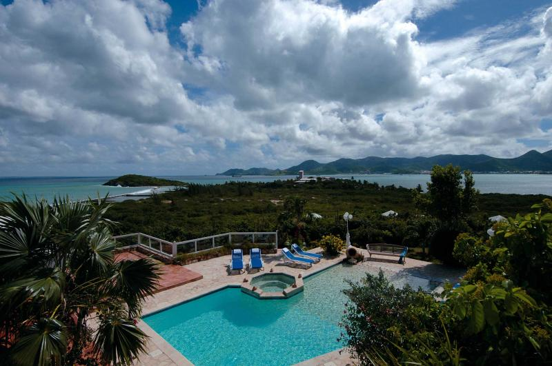 Wonderful panoramic ocean view looking out towards the island of Anguilla - Image 1 - Terres Basses - rentals
