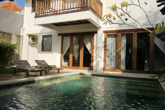 Swimming pool - Cheap villa in Kerobokan, near to Seminyak - Seminyak - rentals
