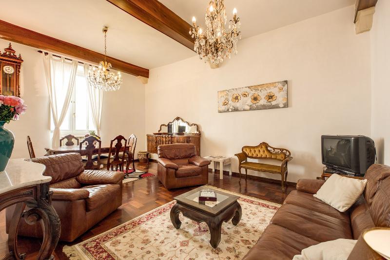 Elegant Apartment in Campo dei Fiori - Image 1 - Rome - rentals