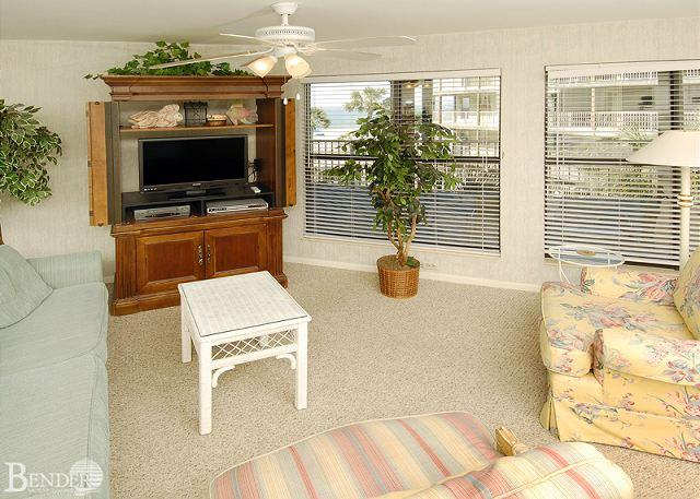 Living Room - Sandpiper 5B ~ Family Oriented Beachview Retreat ~Bender Vacation Rentals - Gulf Shores - rentals
