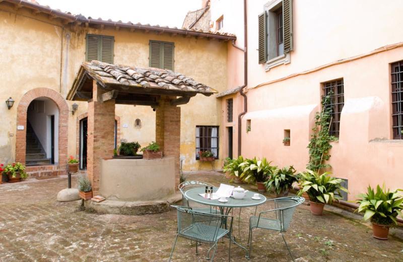 Villa della Torre - Cortile - Image 1 - Lucardo - rentals